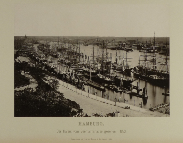 http://shop.berlinbook.com/fotobuecher/hamburg-1884-1890::9866.html