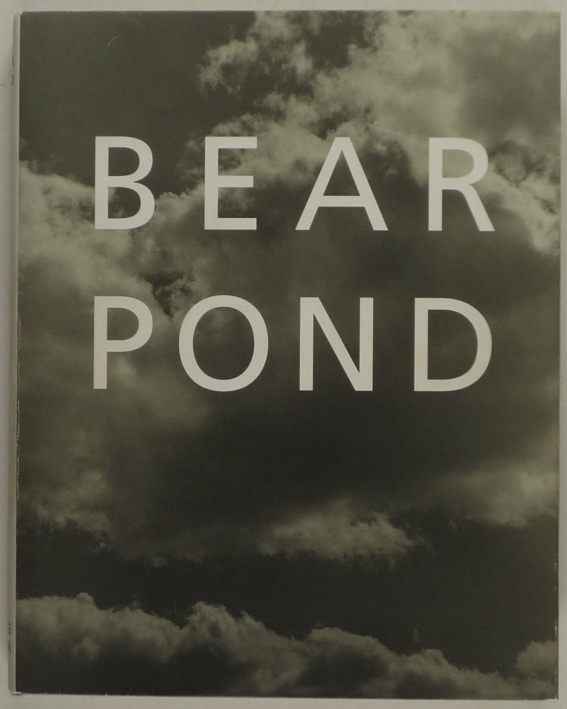 http://shop.berlinbook.com/fotobuecher/weber-bruce-bear-pond::453.html