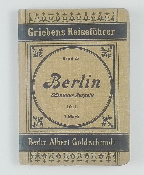 http://shop.berlinbook.com/reisefuehrer-sonstige-reisefuehrer/kleiner-fuehrer-durch-berlin::11473.html