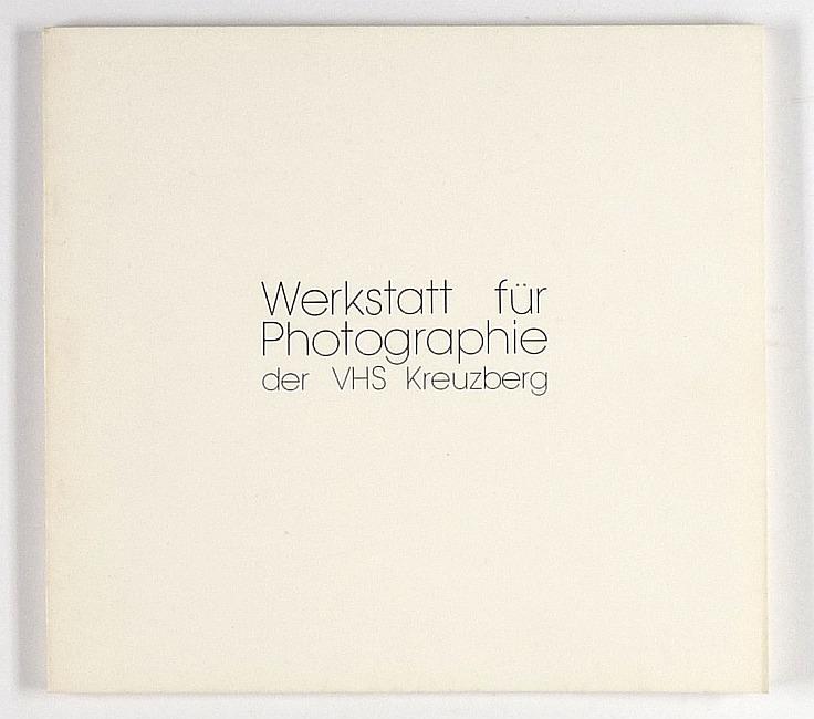http://shop.berlinbook.com/fotobuecher/photographien-der-hoerer-und-dozenten::9189.html