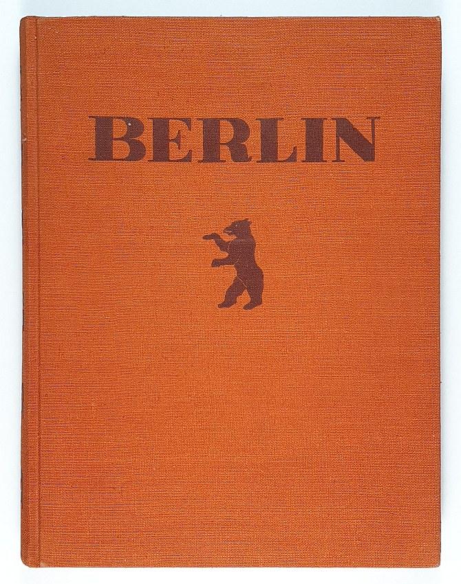 http://shop.berlinbook.com/fotobuecher/bucovich-mario-v-berlin::10995.html