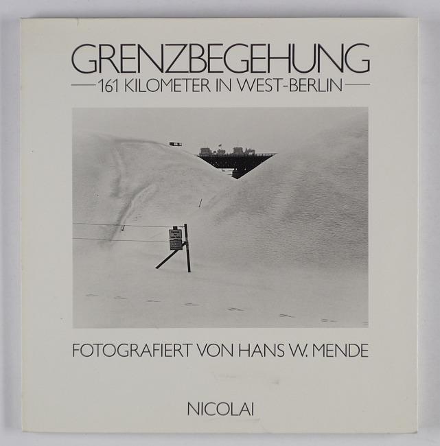 http://shop.berlinbook.com/fotobuecher/mende-hans-w-grenzbegehung::11047.html