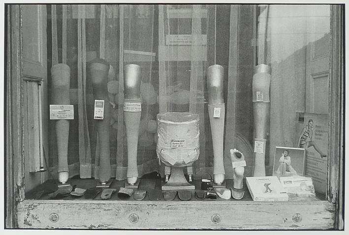 http://shop.berlinbook.com/fotografien-sonstige-motive/lange-karl-ludwig-minden-1949-lebt-in-berlin-potsdam-27-1-90::2101.html