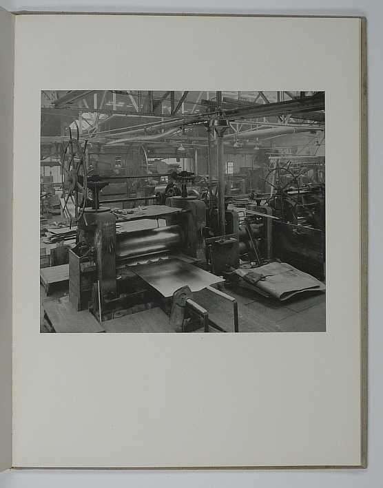 http://shop.berlinbook.com/fotobuecher/laer-ernst-von-text-kupferhammer-gruenthal::839.html