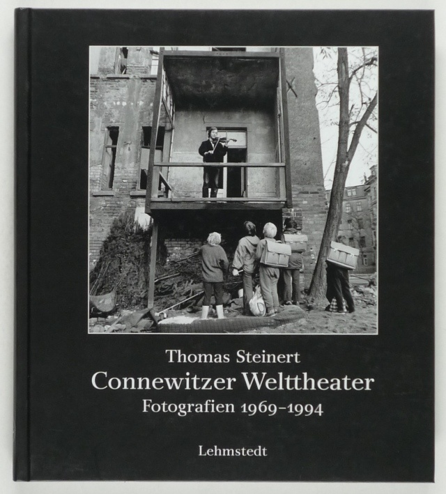 http://shop.berlinbook.com/fotobuecher/steinert-thomas-connewitzer-welttheater::11587.html