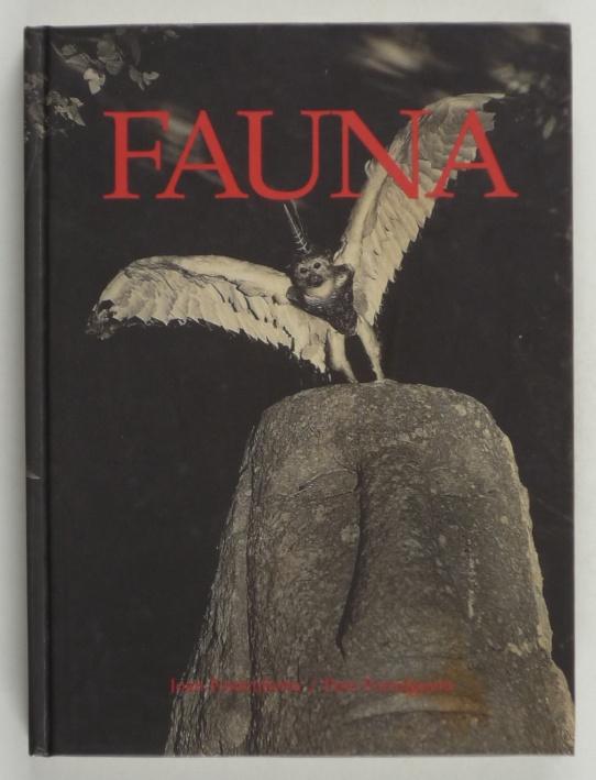 http://shop.berlinbook.com/fotobuecher/fontcuberta-joan-u-pere-formiguera-fauna::170.html