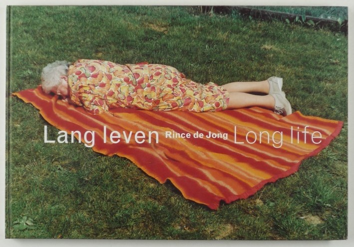 http://shop.berlinbook.com/fotobuecher/de-jong-rince-lang-leven-long-life::4992.html