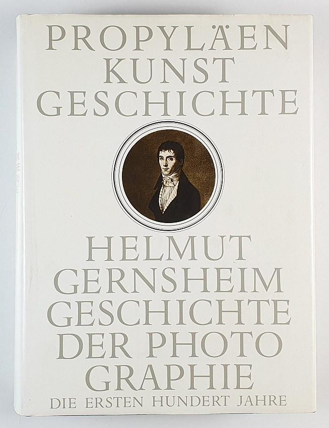 http://shop.berlinbook.com/fotobuecher/gernsheim-helmut-geschichte-der-photographie::11349.html
