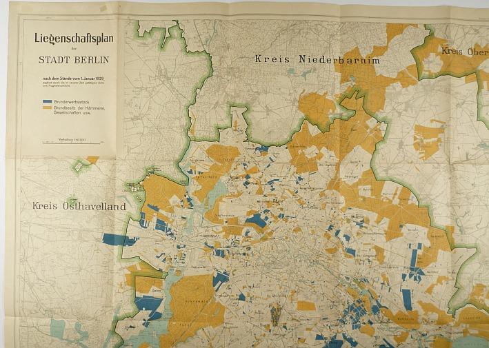 http://shop.berlinbook.com/berlin-brandenburg-berlin-stadt-u-kulturgeschichte/liegenschaftsplan-der-stadt-berlin::1859.html