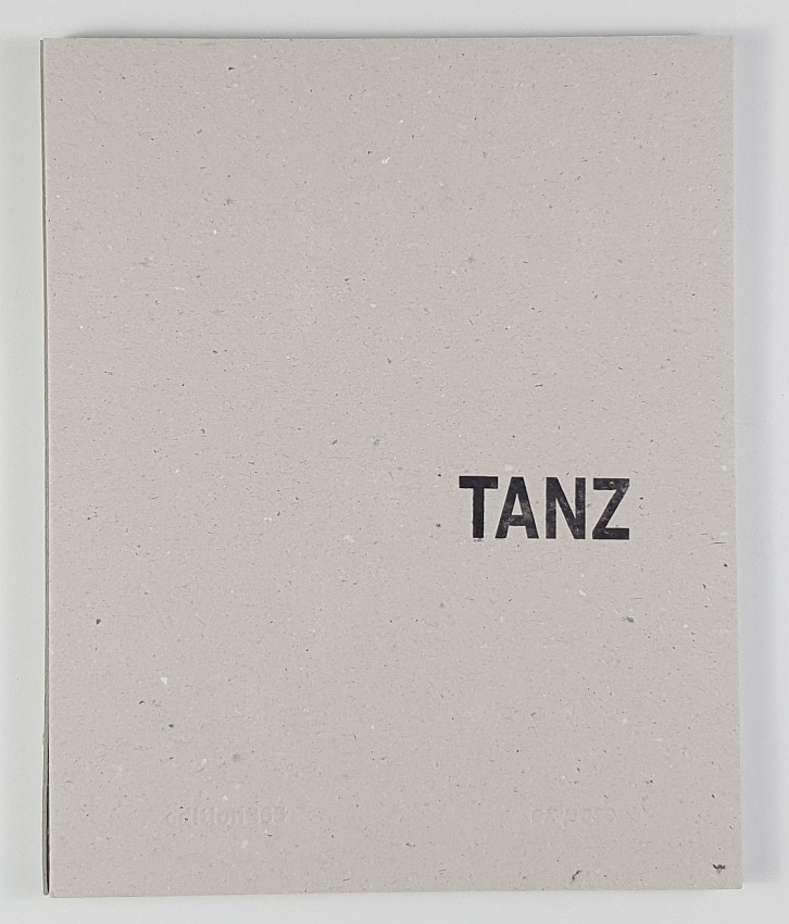 http://shop.berlinbook.com/fotobuecher/klaeber-thomas-tanz::10494.html