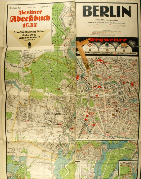 http://shop.berlinbook.com/berlin-brandenburg-berlin-stadt-u-kulturgeschichte/berlin-berliner-adressbuch-1937-plan-berlin-westliche-haelfte-berlin-mit-den-20-verwaltungsbezirken-plan-berlin-oestliche-haelfte::4080.html