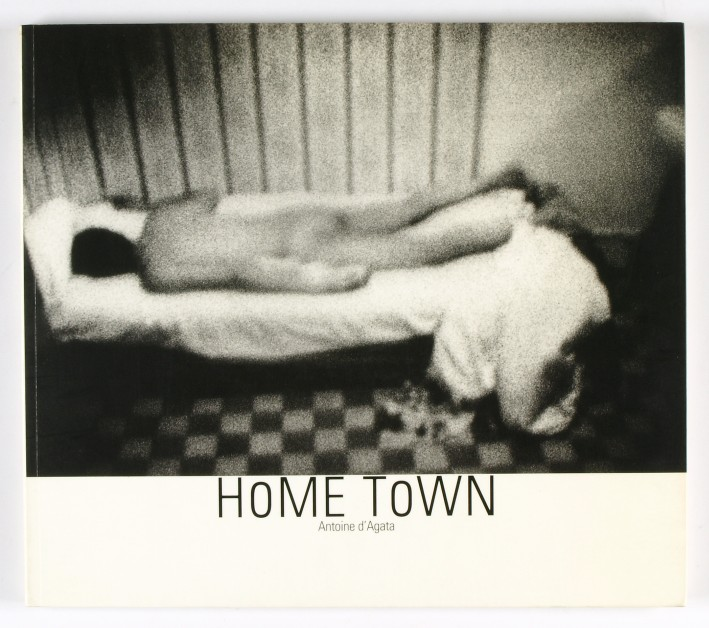 http://shop.berlinbook.com/fotobuecher/dagata-antoine-home-town::11011.html