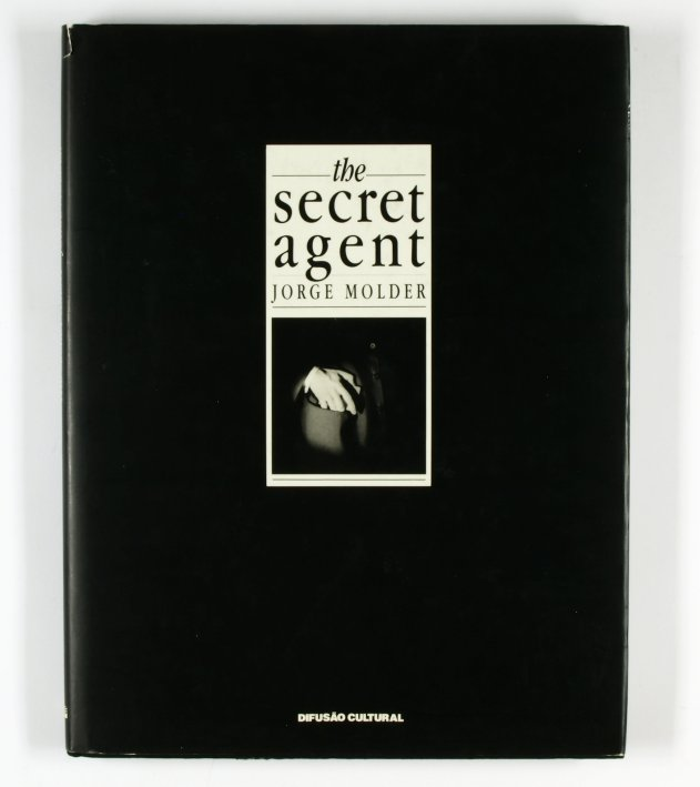 http://shop.berlinbook.com/fotobuecher/molder-jorge-the-secret-agent::5138.html