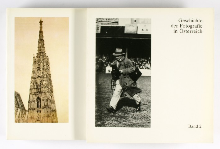 http://shop.berlinbook.com/fotobuecher/hochreiter-otto-und-timm-starl-textredaktion-geschichte-der-fotografie-in-oesterreich::4995.html