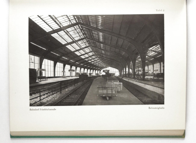 http://shop.berlinbook.com/architektur-architektur-und-staedtebau-berlin/carl-th-brodfuehrer::5757.html
