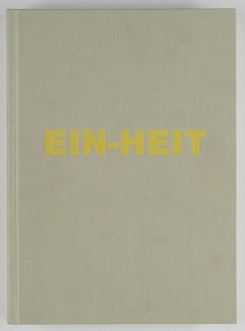http://shop.berlinbook.com/fotobuecher/schmidt-michael-ein-heit::10712.html