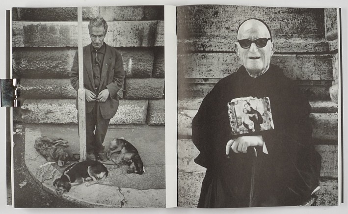 http://shop.berlinbook.com/fotobuecher/martens-peter-few-loving-voices::6299.html