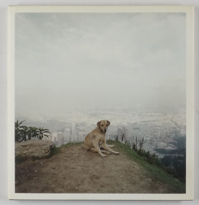 http://shop.berlinbook.com/fotobuecher/soth-alec-dog-days-bogotá::8795.html